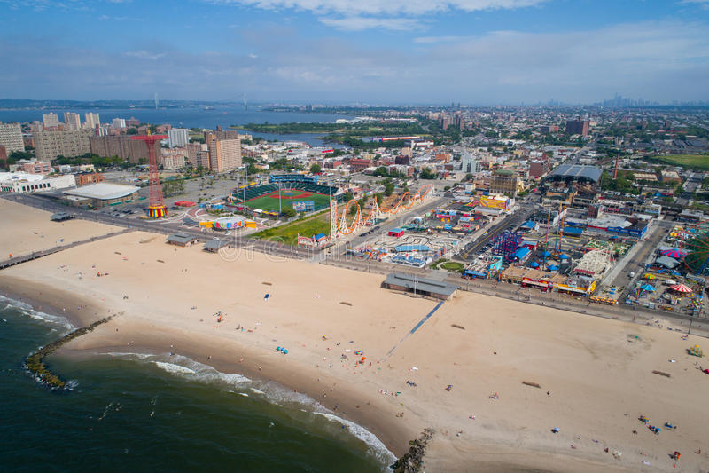 Flyg- surrfoto av Coney Island New York royaltyfri fotografi