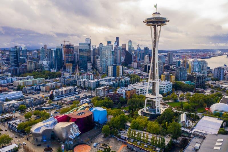 Flyg- surrfoto av den Seattle utrymmevisaren och centret fotografering för bildbyråer