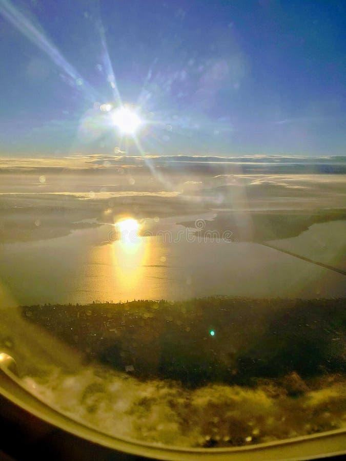 Flyga över Seattle royaltyfri foto