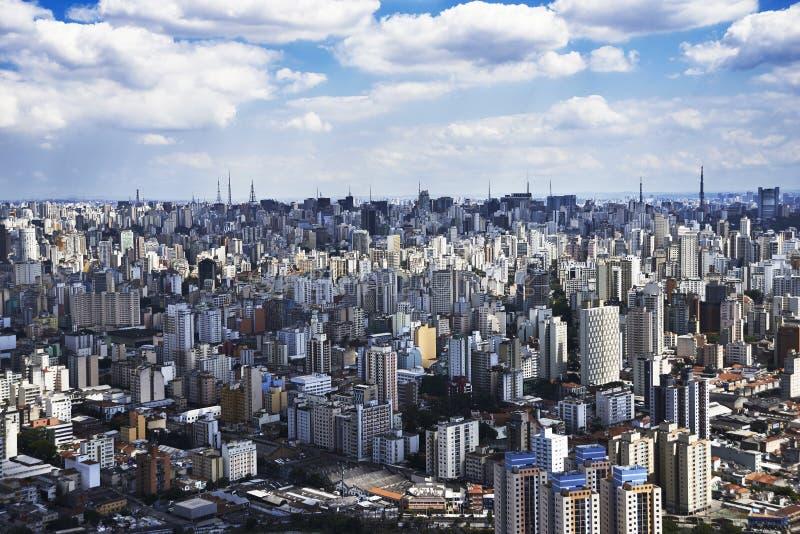 Flygbild av den São Paulo staden royaltyfri fotografi