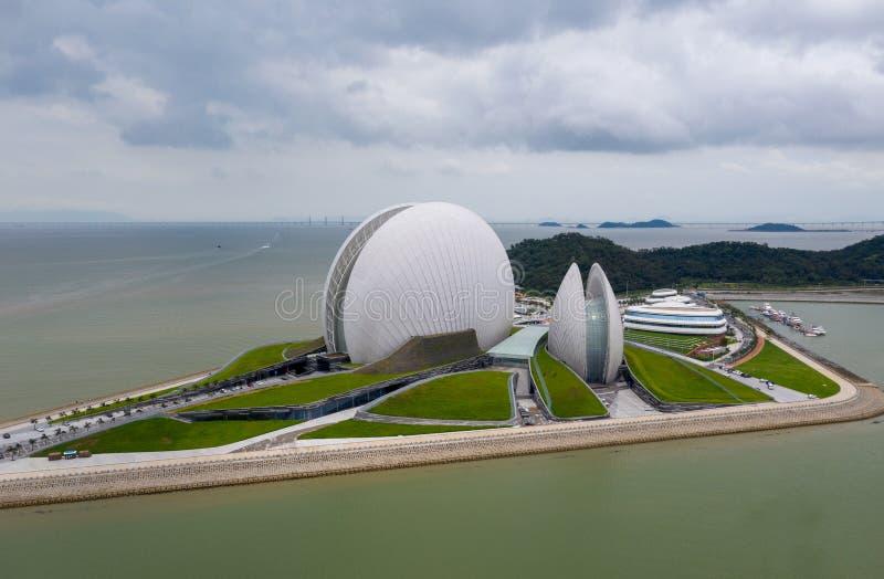 Flygbild av den zhuhai operahuset fotografering för bildbyråer