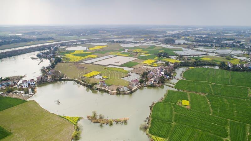 Flygbild av lantligt ekologiskt herde- landskap för sommar i den xuancheng staden, anhui landskap, Kina arkivfoto