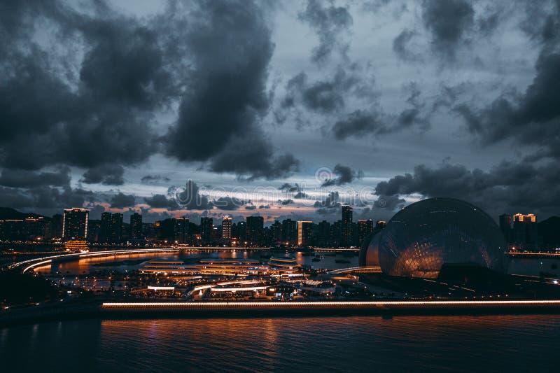 Flygbild av platsen för zhuhai operahusnatt fotografering för bildbyråer
