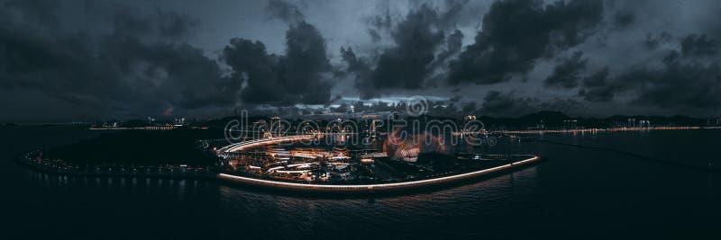 Flygbild av platsen för zhuhai operahusnatt arkivbild