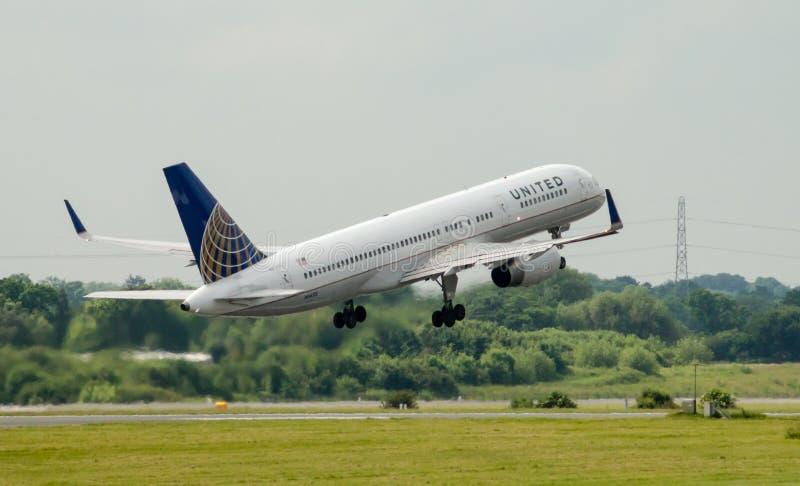 757 flygbolag förenade boeing royaltyfria bilder
