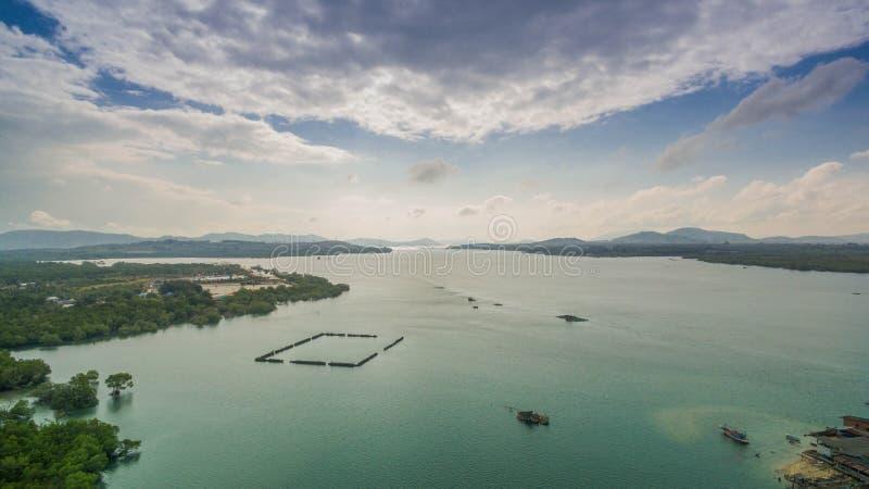 Download FlygfotograferingSarasin Bro Phuket Arkivfoto - Bild av över, pengar: 106835928