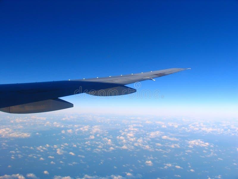 Download Flygplan arkivfoto. Bild av lopp, jord, himmel, långt - 3532580