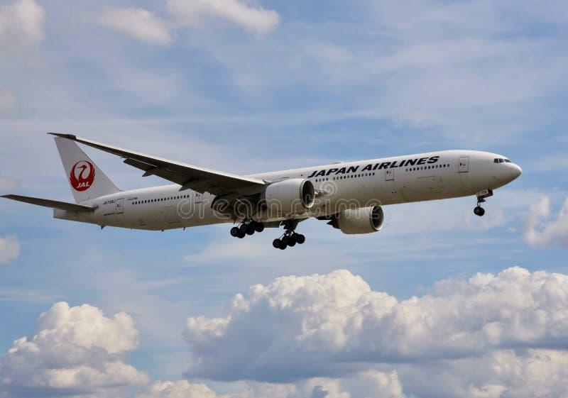 Flygplan av Japan Airlines royaltyfri foto