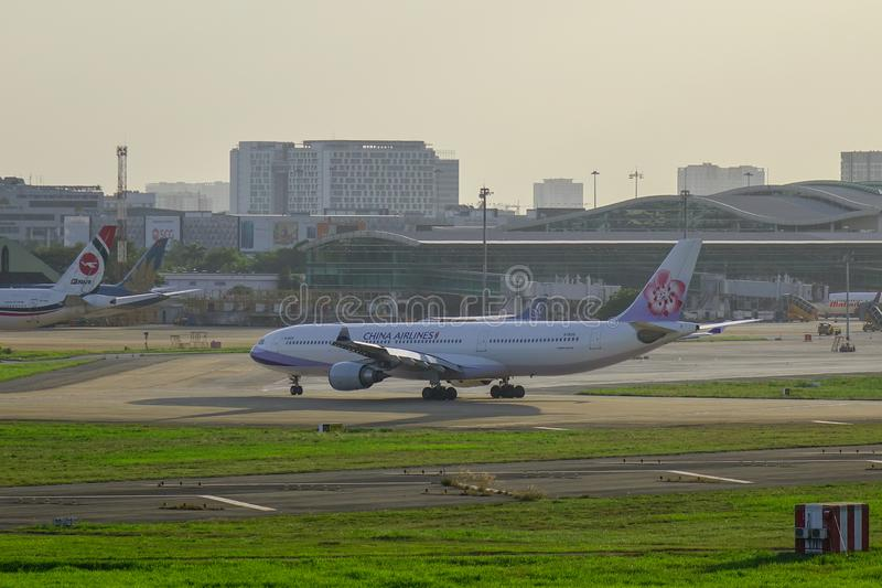 Flygplan för flygbuss A330-300 av China Airlines royaltyfri bild