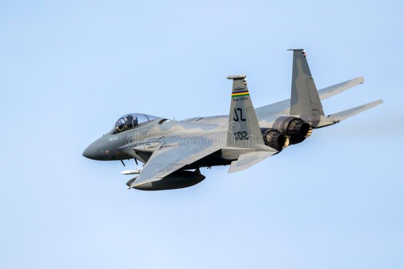 Flygplan för jaktflygplan F15 i flykten royaltyfri foto