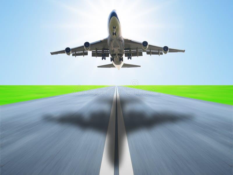 flygplan tar av royaltyfri fotografi