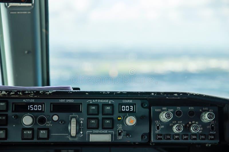 Flygplankontrollbord arkivbild