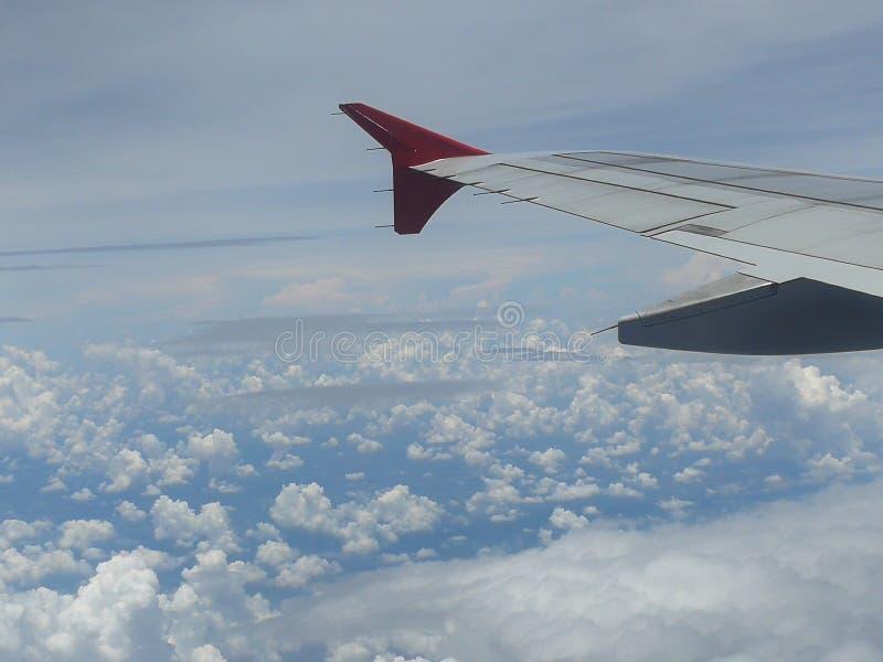 Flygplanmoln arkivfoto