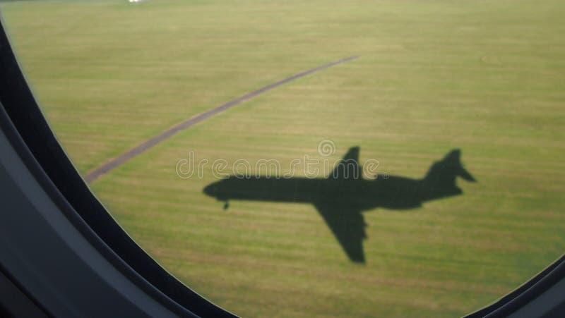 Flygplanskugga royaltyfri fotografi