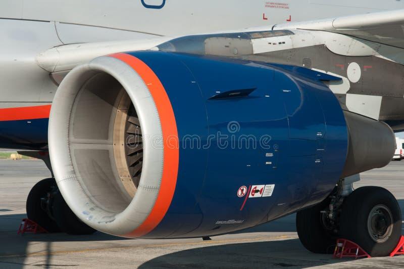 Flygplansunderhåll för avvikelse arkivbild
