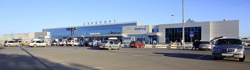 Flygplats i Omsk. Ryssland. royaltyfri foto