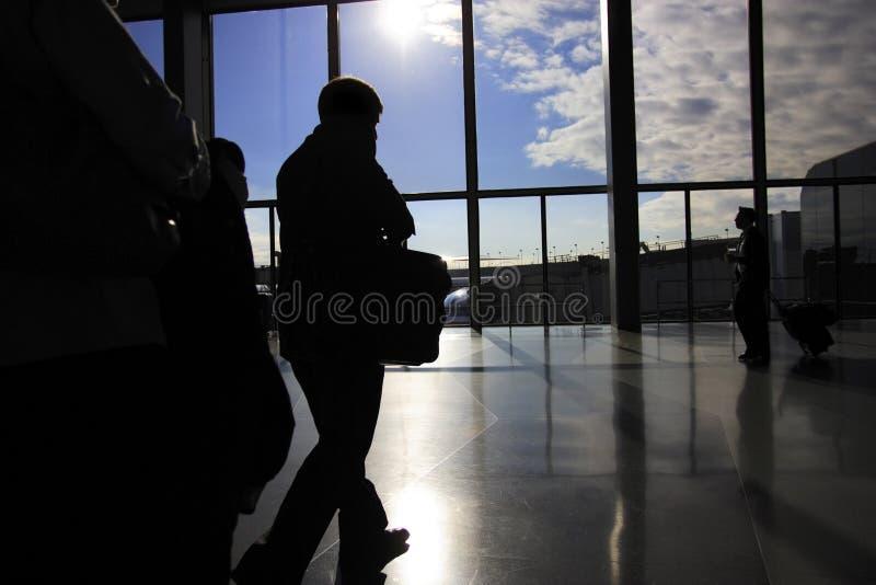 flygplatsaffärsresandear royaltyfri foto