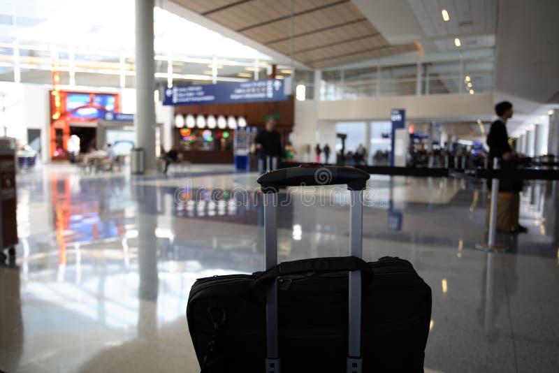 flygplatskorridor arkivfoto