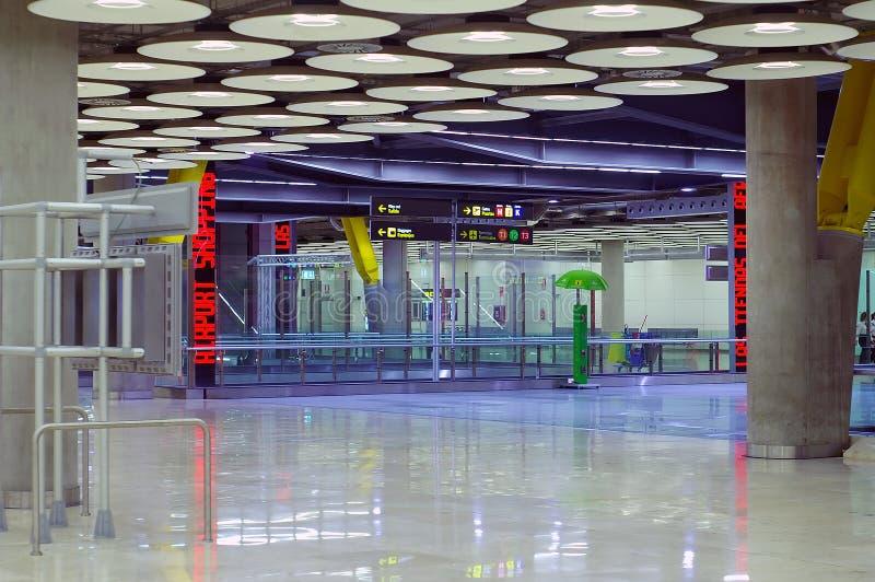 flygplatsmadrid ny terminal royaltyfri bild