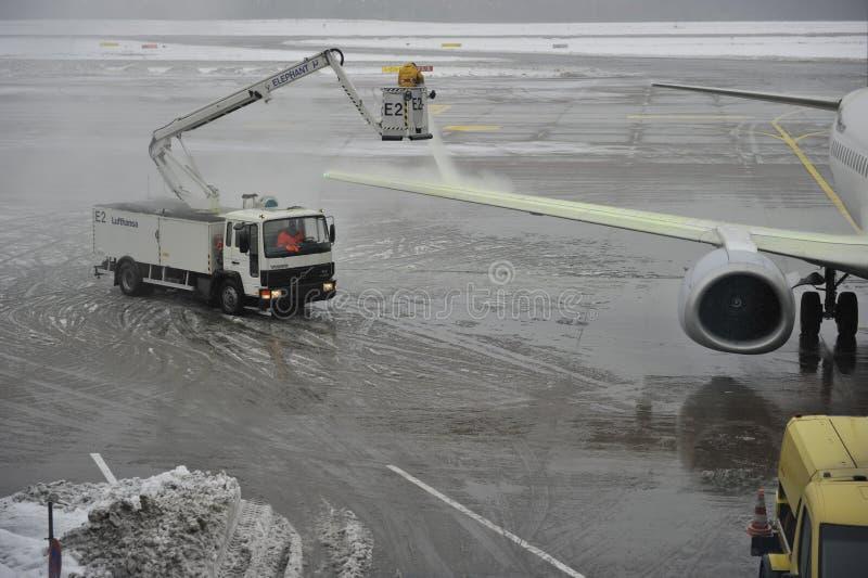 flygplatssnow under royaltyfria foton