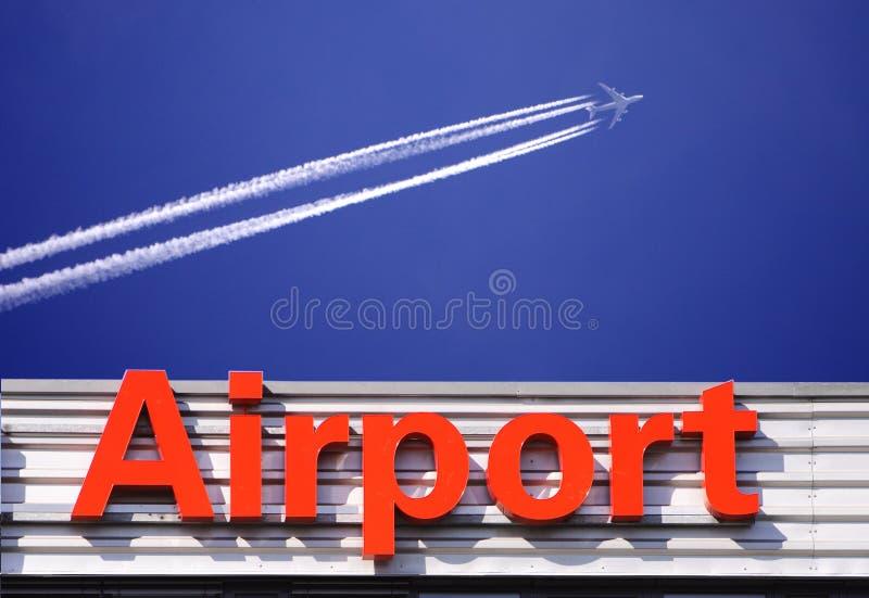 flygplatstecken royaltyfria bilder