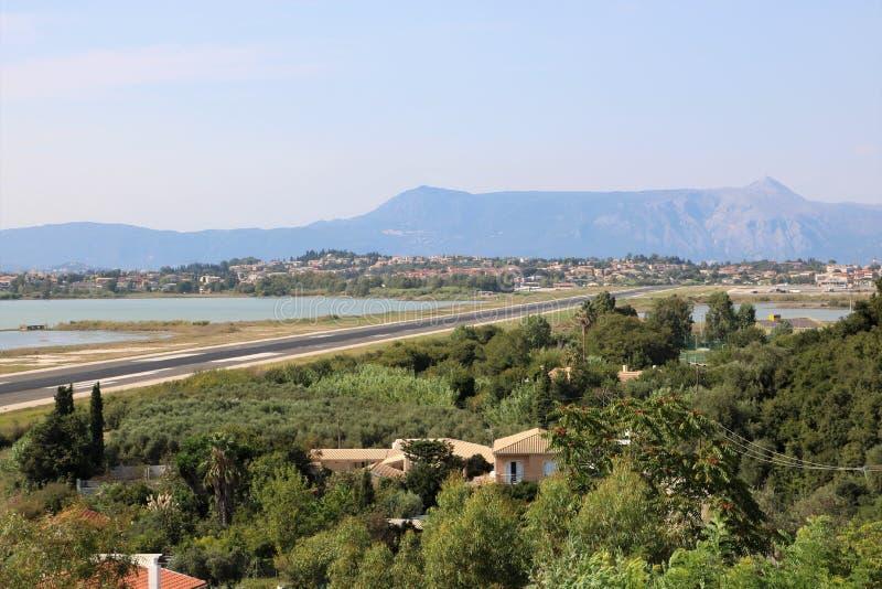 Flykt av den Korfu flygplatsen royaltyfri bild
