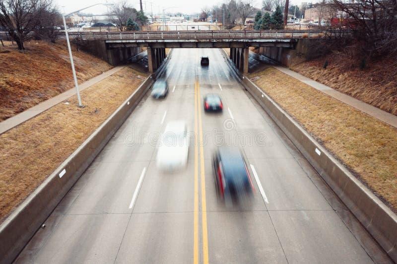 flytta sig för bilar arkivbilder