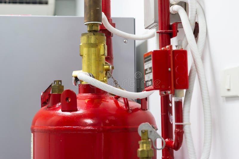 FM-200 systemów stłumienie, FM200 gazu wylew system obraz stock