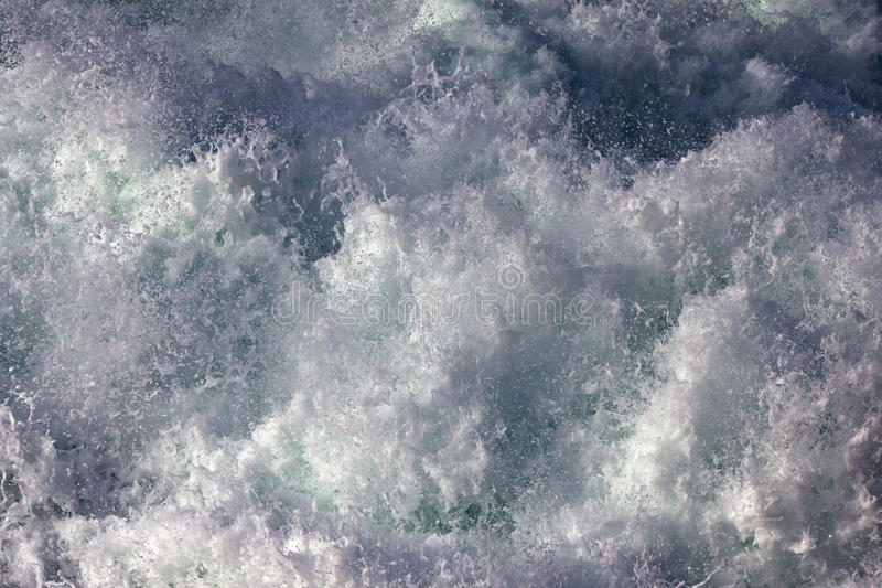 Download Foam Of A Crashing Wave Royalty Free Stock Image - Image: 26205436
