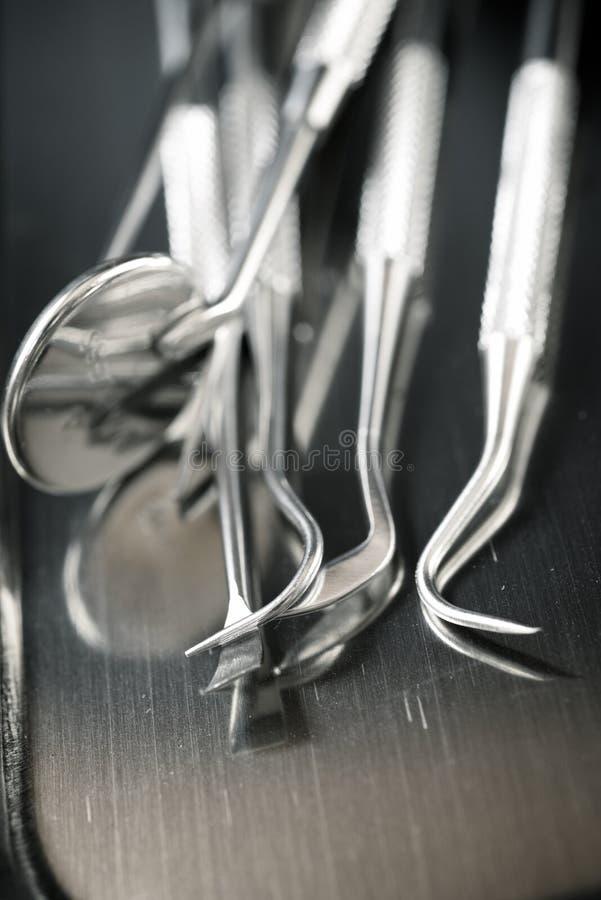 Fobie aan de tandarts stock afbeeldingen