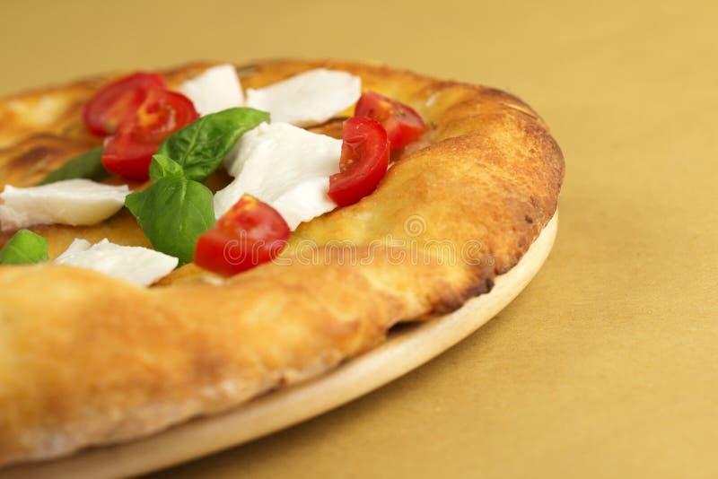 Focaccia с caprese салатом стоковая фотография