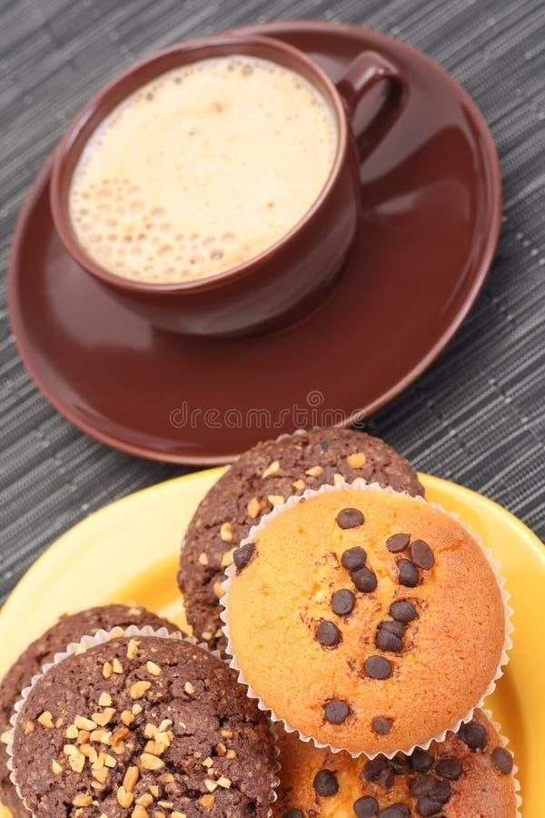 Focaccine e tazza di caffè fotografie stock