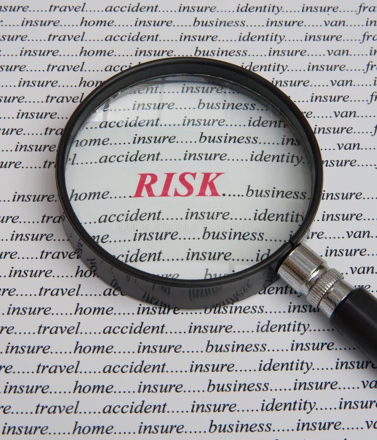Foco en riesgo: paga asegurar. fotos de archivo