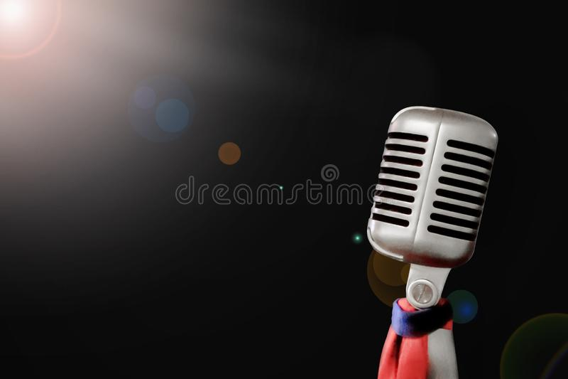 Foco macio, tecnologia retro do vintage do microfone, equipamento na m?sica cl?ssica da mostra da fase, imagem de stock royalty free
