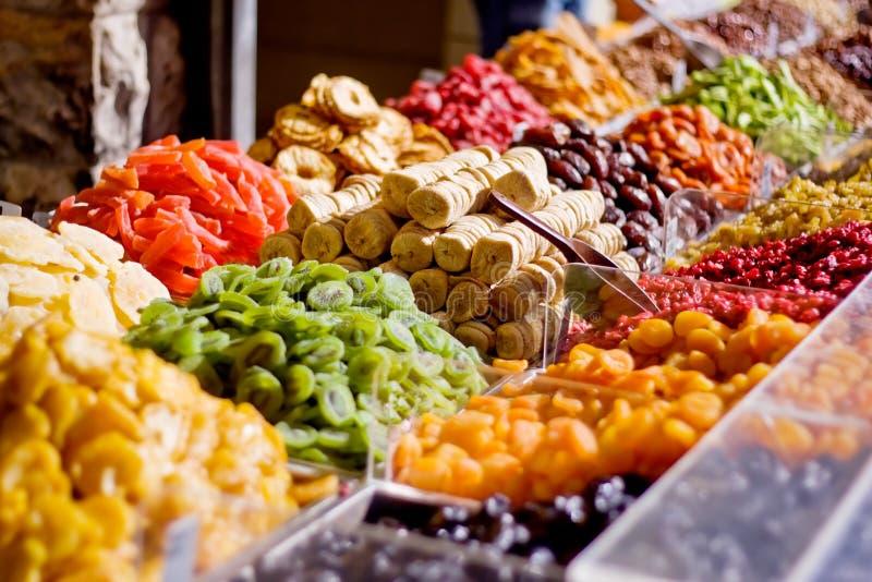 Foco secado colorido das frutas em figos foto de stock