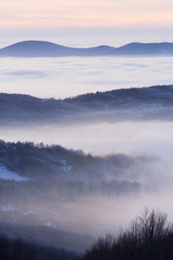 Free Fog In A Valley Royalty Free Stock Photography - 15419187