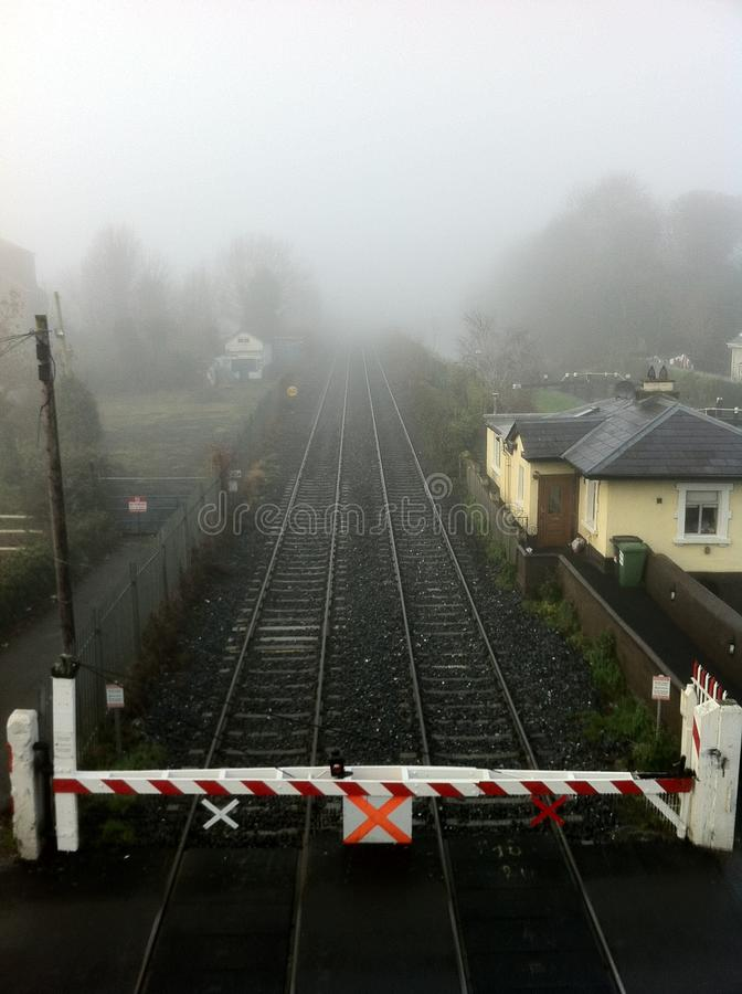Foggy day on rail stock afbeeldingen