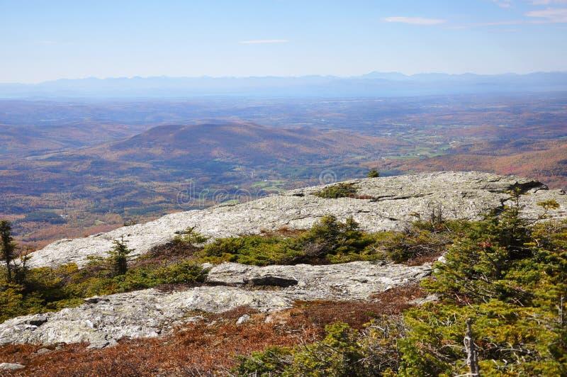 Fogliame di caduta del Vermont, supporto Mansfield, Vermont fotografie stock libere da diritti