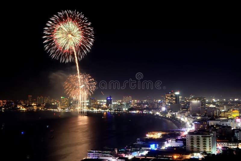 Fogo de artifício de Pattaya imagens de stock