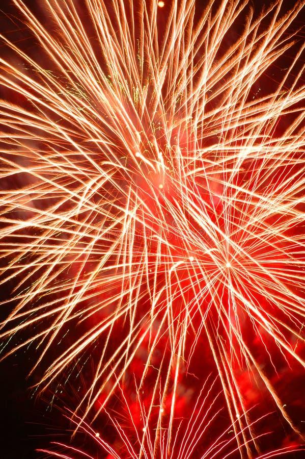 Fogo-de-artifício vermelho grande ilustração royalty free