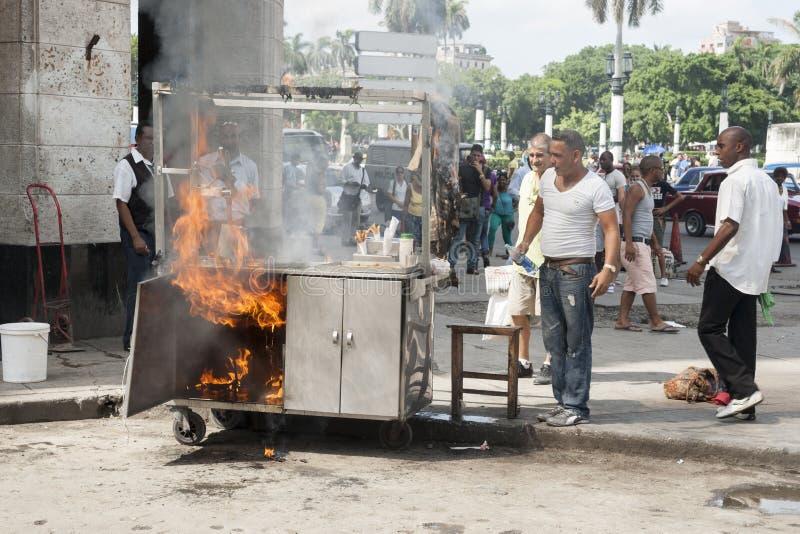 Fogo na rua de Havana foto de stock royalty free
