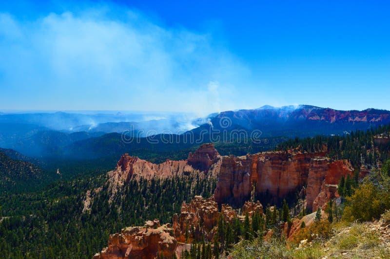 Fogo no parque nacional da garganta de Bryce fotografia de stock royalty free