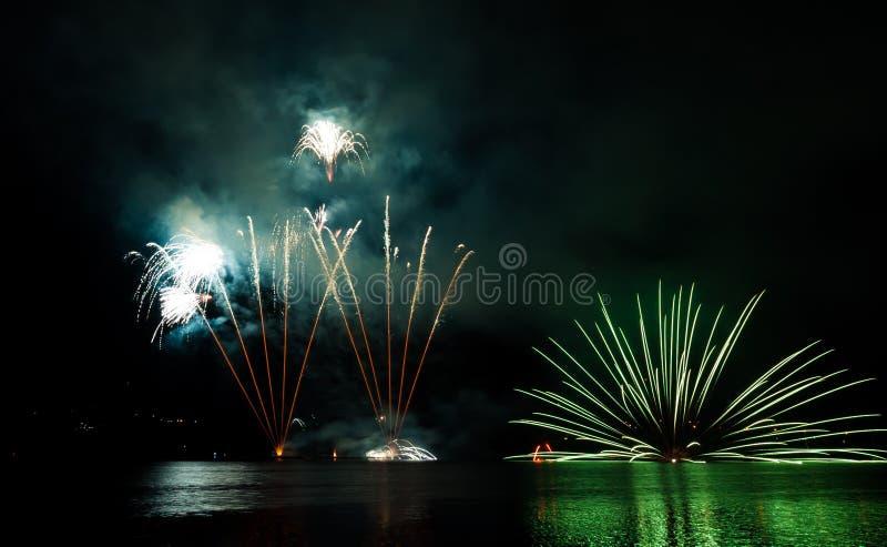 Fogos-de-artifício da celebração foto de stock royalty free
