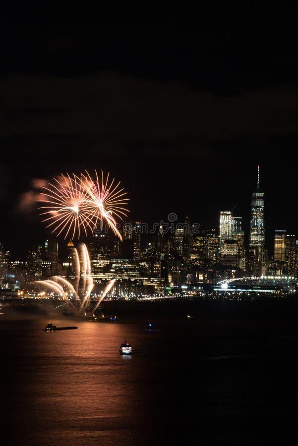 Fogos-de-artifício de New York fotografia de stock