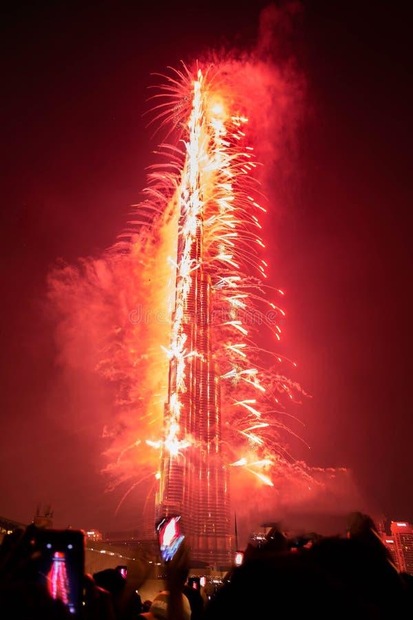 Fogos de artifício do ano novo em Burj Khalifa, Dubai, Emiratos Árabes Unidos imagem de stock royalty free
