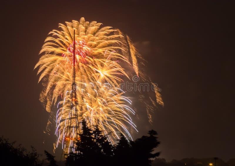 Fogos-de-artifício em Guy Fawkes Night foto de stock royalty free