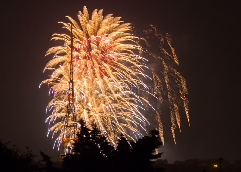 Fogos-de-artifício em Guy Fawkes Night fotos de stock
