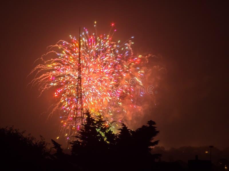 Fogos-de-artifício em Guy Fawkes Night foto de stock