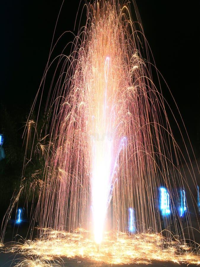 Fogos de artifício, Lent Day budista de Tailândia imagem de stock royalty free