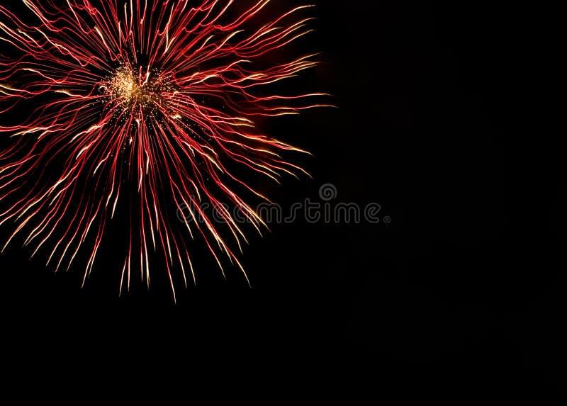 Fogos-de-artifício muito bonitos com espaço livre fotos de stock